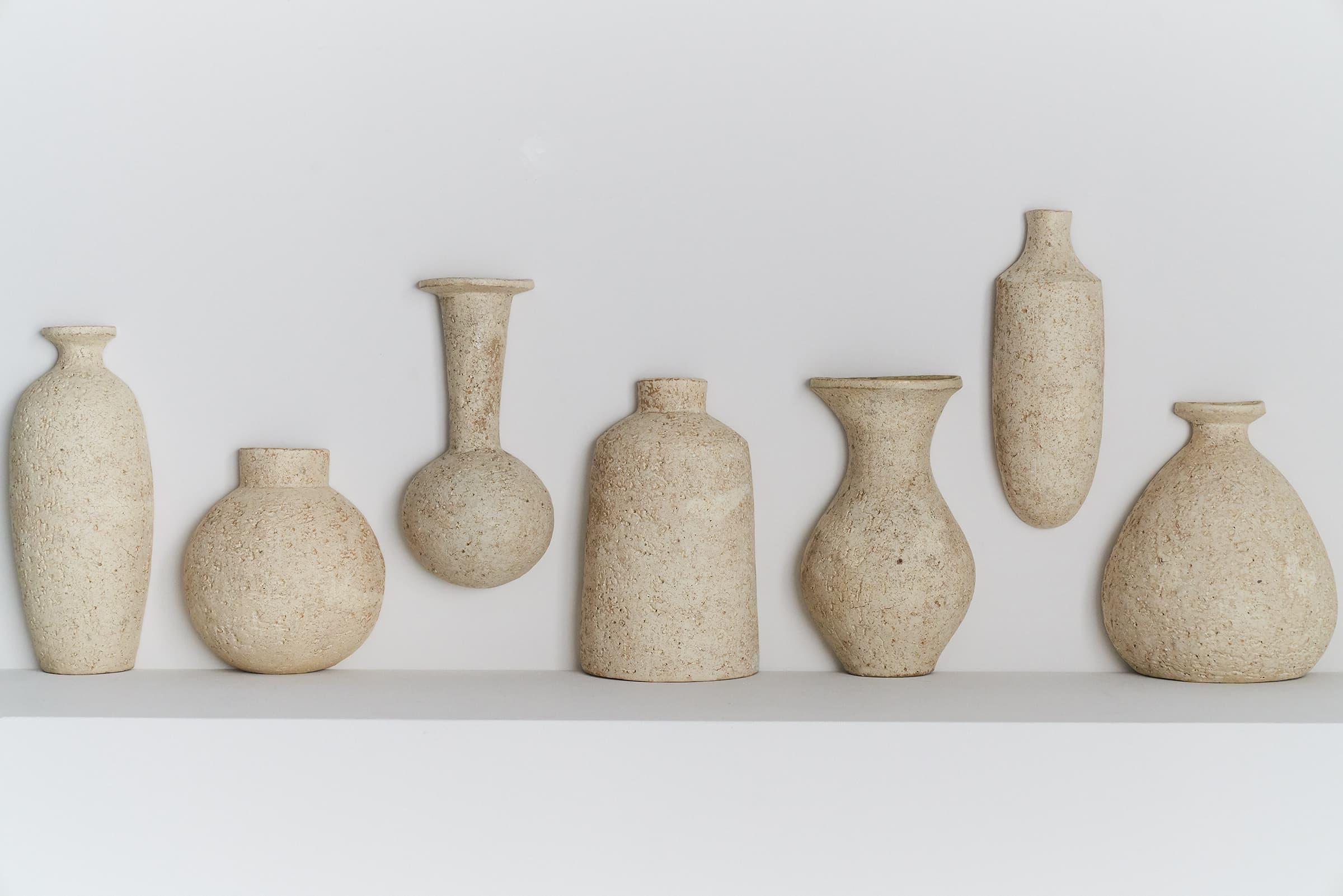 主要展示陶器作品的藝廊與常設作品的商店空間