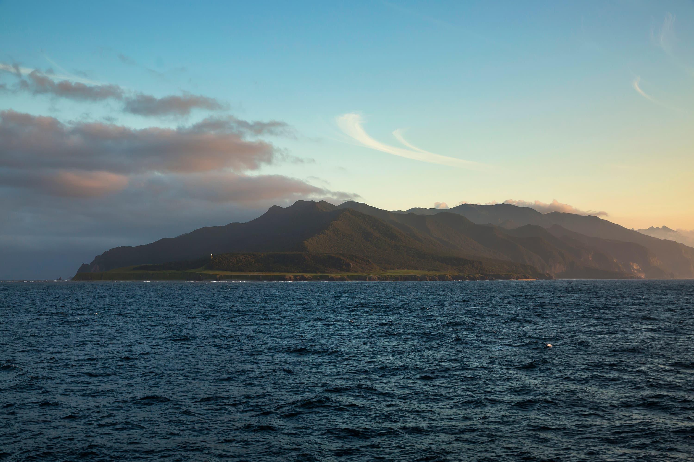 知床半島の先端、オホーツク海に面する知床岬