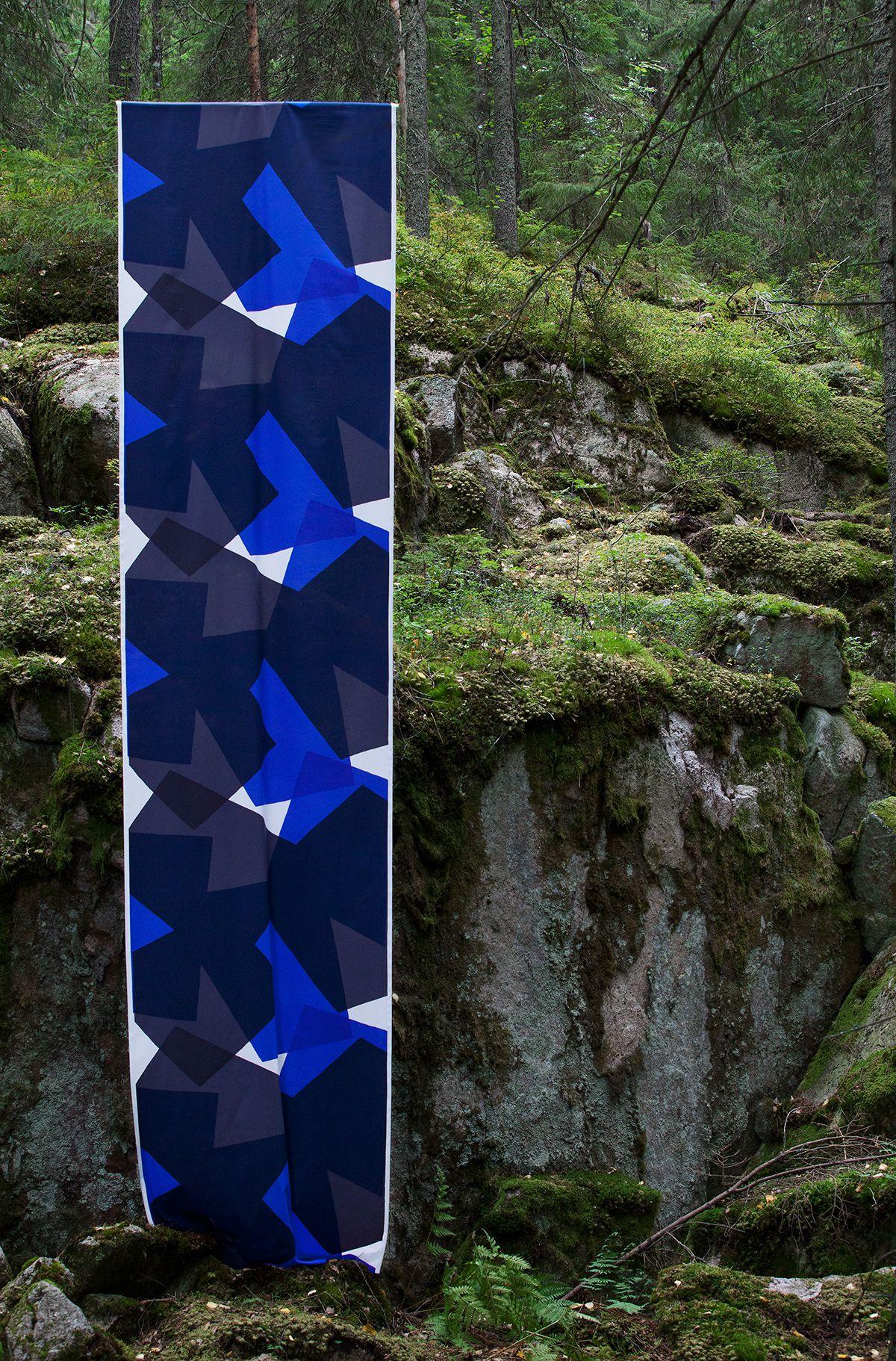 OTTAIPNU オリジナルファブリック『arare』スクリーンプリント2018大きな柄が好きなのもやはり、北欧のプリント生地の影響と語る。