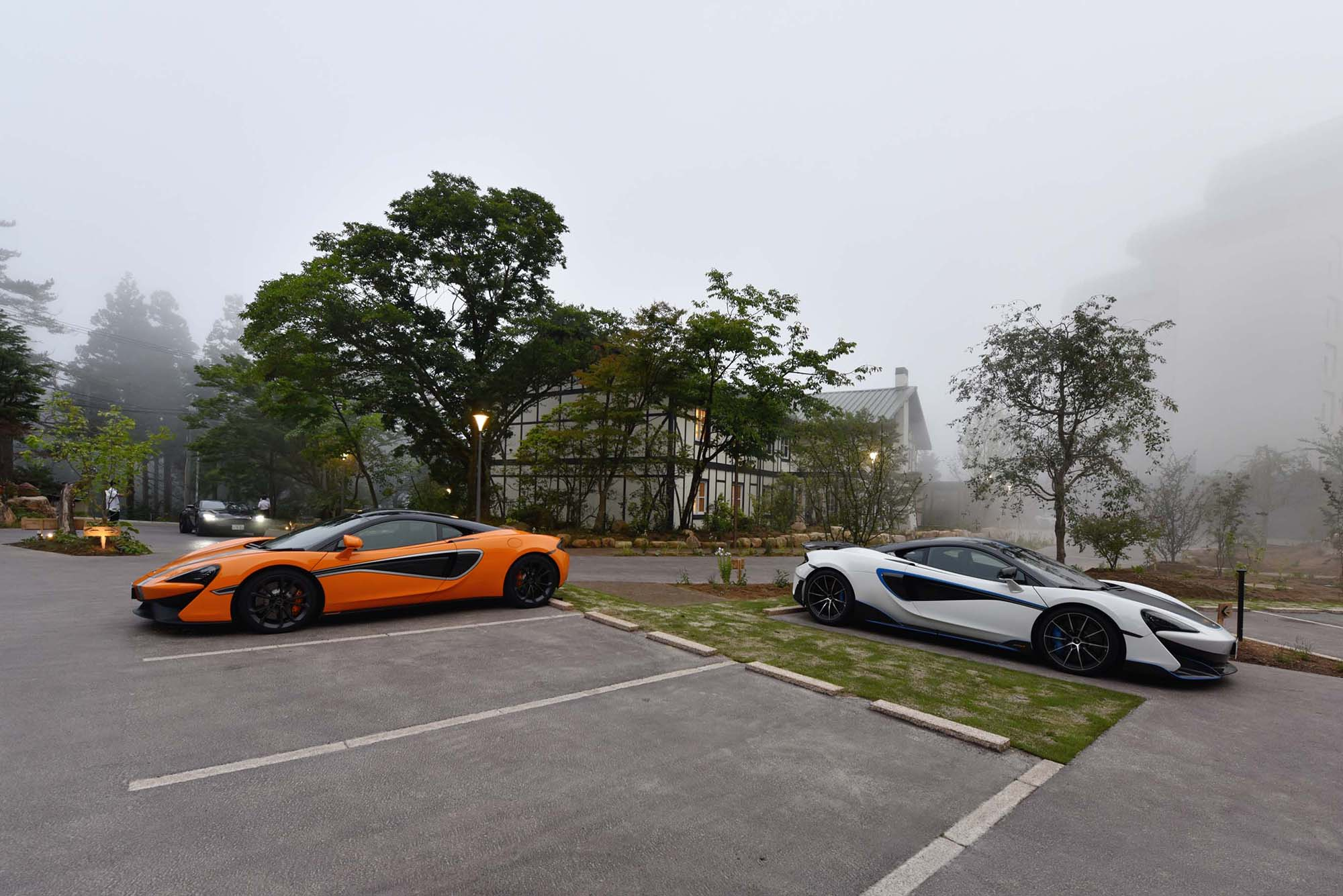 The hotel is an ideal hideaway for the car owners of McLaren and Aston Martin.