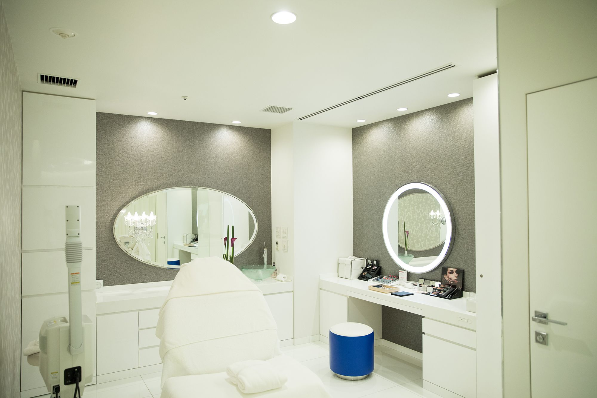 The Beauty Treatment Room is on the Basement Level. The popular course is B.A Premium L